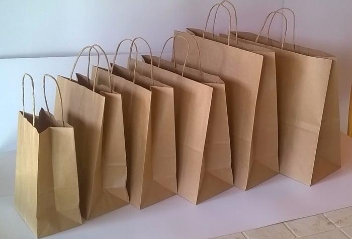 Trabalhar com montagem de sacolas de papel
