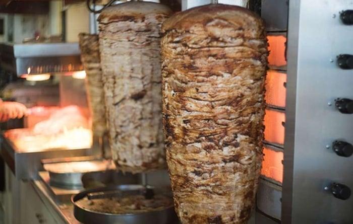 vender churrasco grego dá lucro
